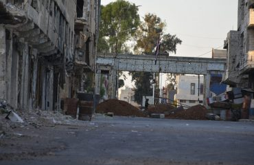 حاجز-السرايا-التابع-للنظام-السوري-في-مدينة-درعا-27-6-2021-2048x1150-1